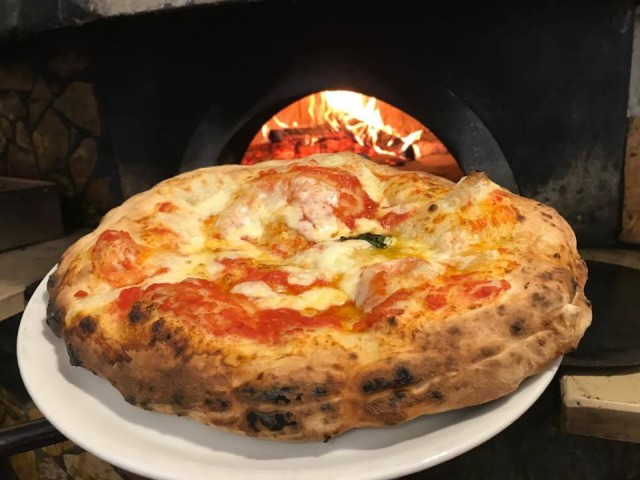 Pizzeria Capasso la Margherita ripiena