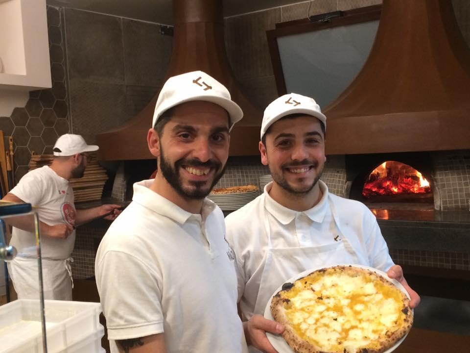 Pizzeria Madia, Francesco Miranda con la sua squadra