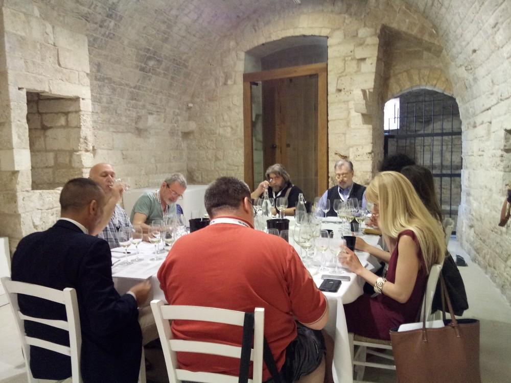Radici del Sud Tavolo dei  wine-writers Gruppo 1