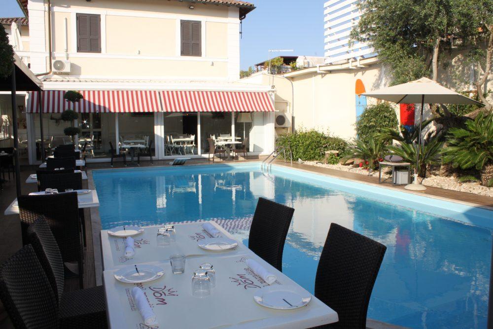 Ristorante Bruschetteria Dom - piscina