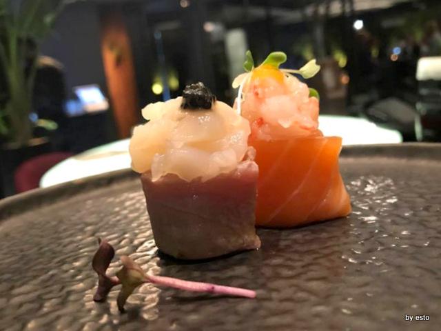 Shinto Sushi special Tonno scottato,capesante e caviale Salmone,gambero rosso di Mazzara,passion fruit