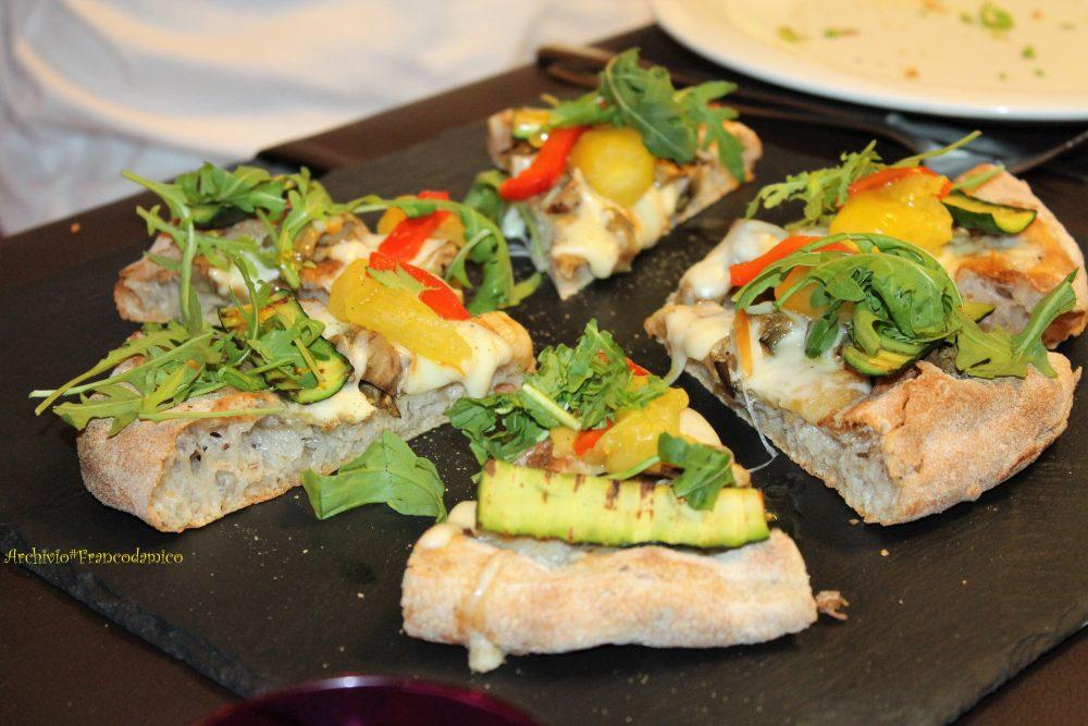 Percorsi di Gusto AQ – Dall'orto, melanzane, zucchine, peperoni, pomodori gialli, rucola e silano