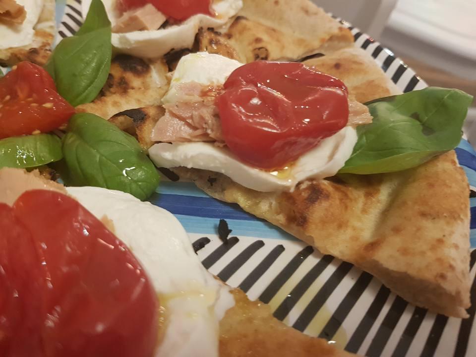 Capperi Che Pizza, pizza Cetarese