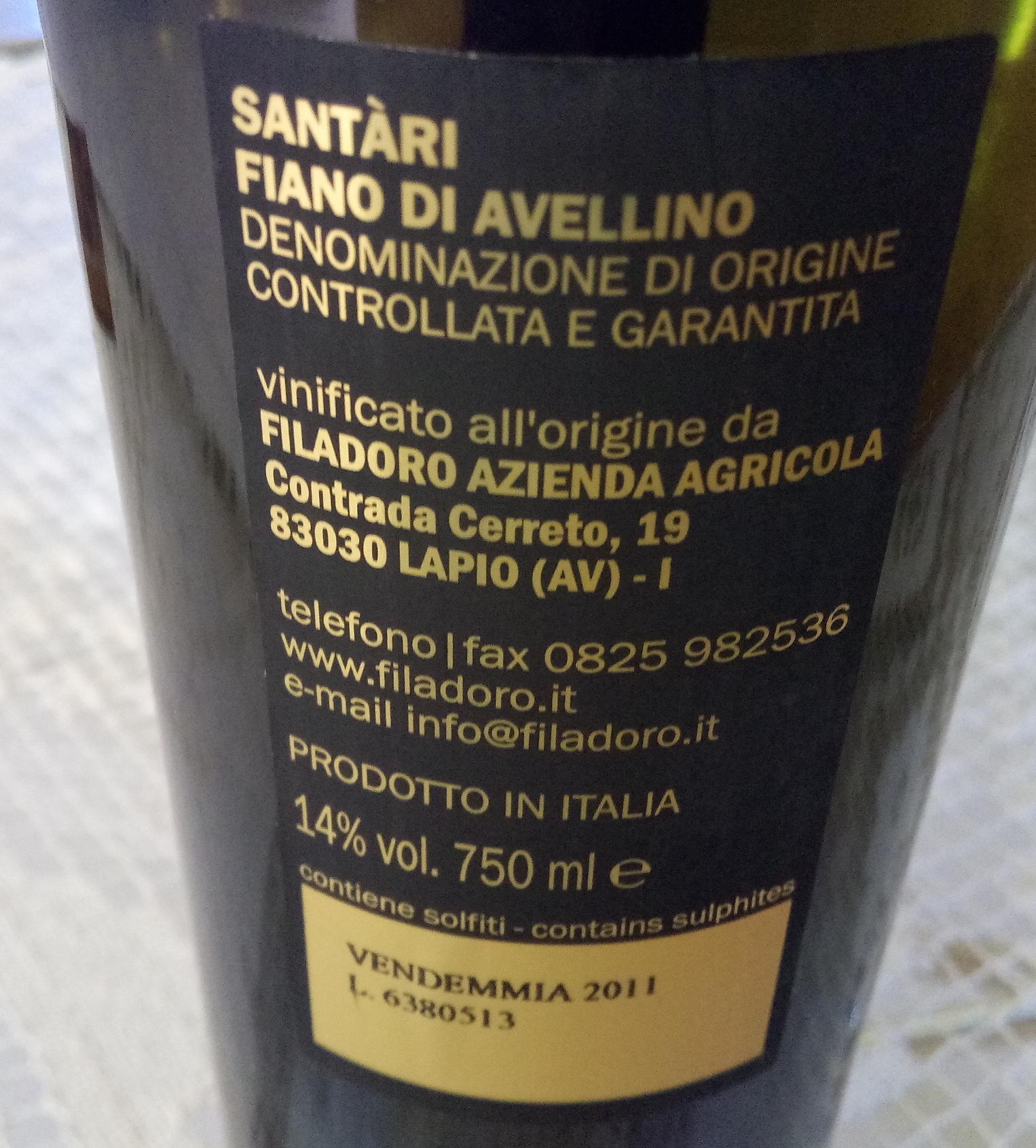 Controetichetta Santari Fiano di Avellino Dpcg 2011 Vincitore a Radici del Sud 2017