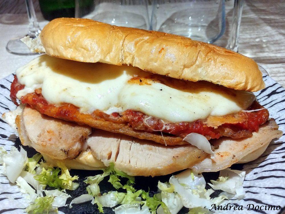 Hungry People a Somma Vesuviana. Il panino con porchetta, parmigiana di melanzane e provola
