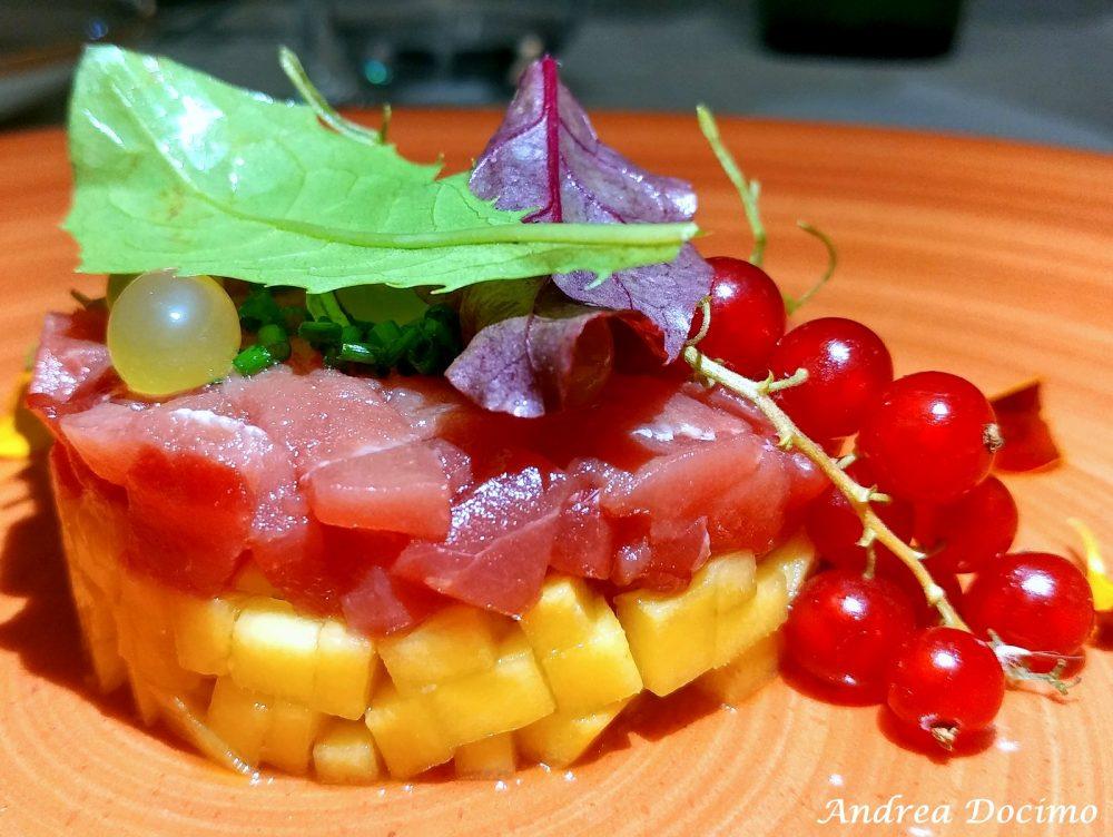 Hungry People a Somma Vesuviana. Tartare di tonno con mango