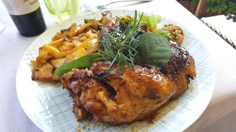 Lo Stuzzichino, il mitico pollo con le patate