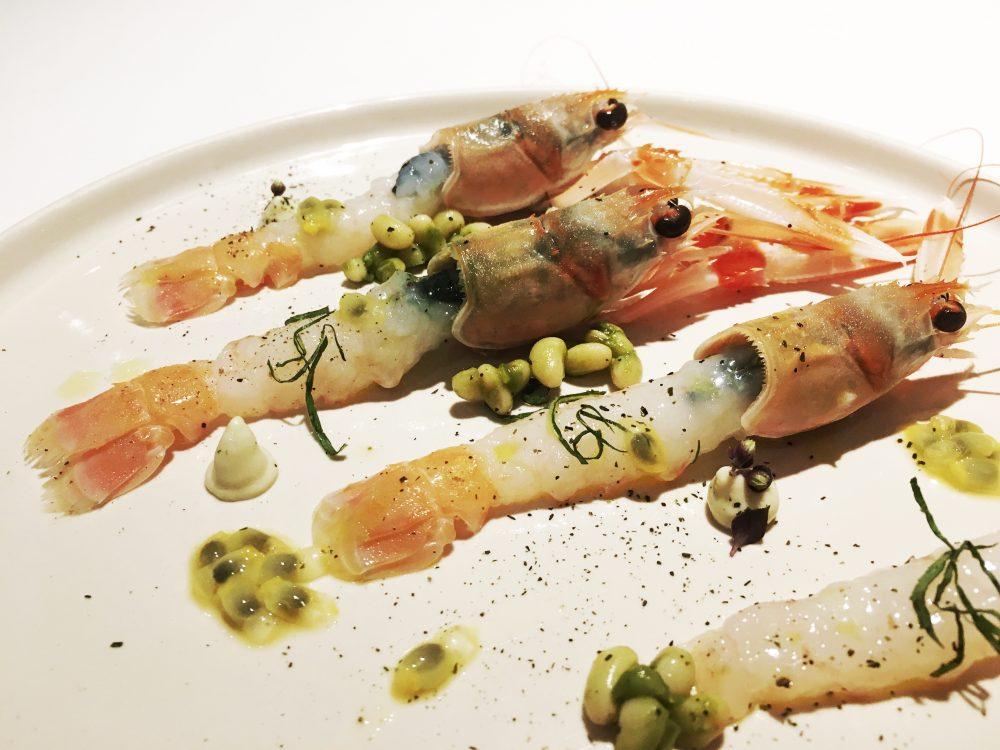 Pascucci al Porticciolo - Il crudo e il cotto - Scampetti al passion fruit, emulsione di ostriche