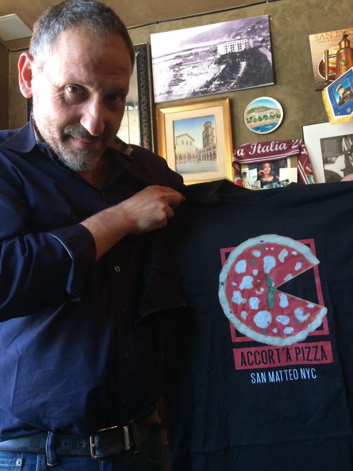 San Matteo, Ciro con la maglietta della pizza