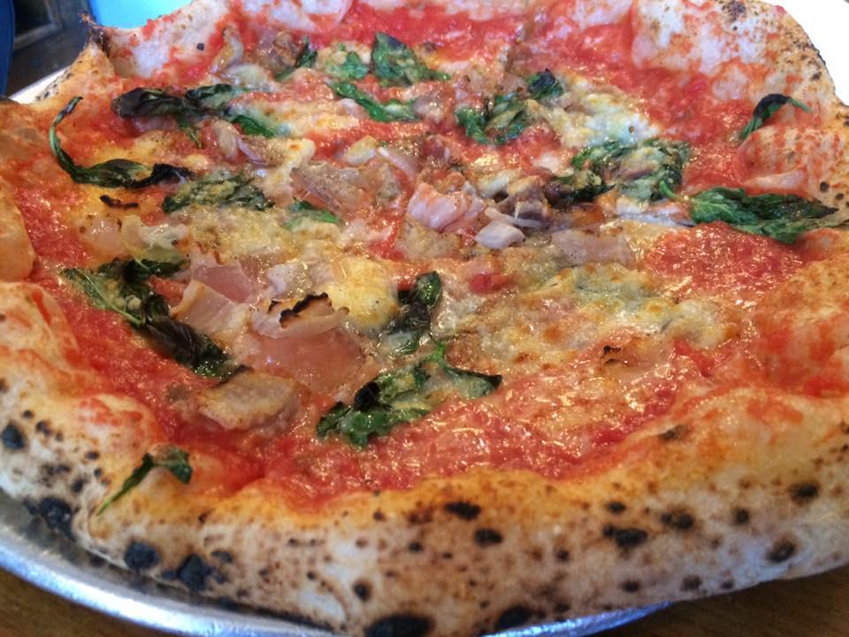 San Matteo, la pizza Mariconda
