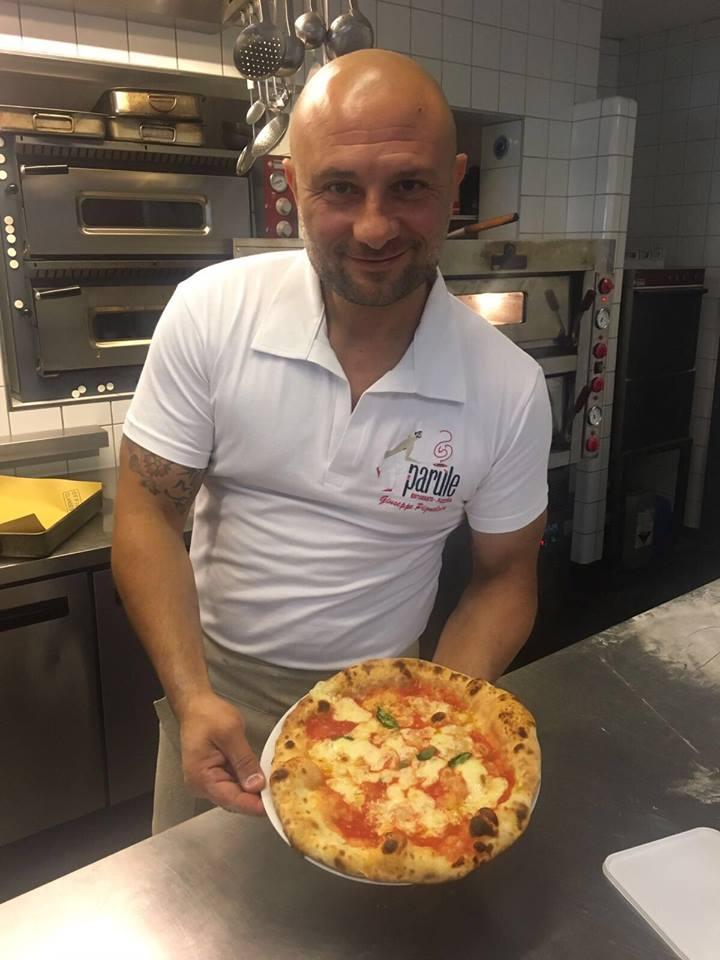 Chef pizzaiolo Giuseppe Pignalosa