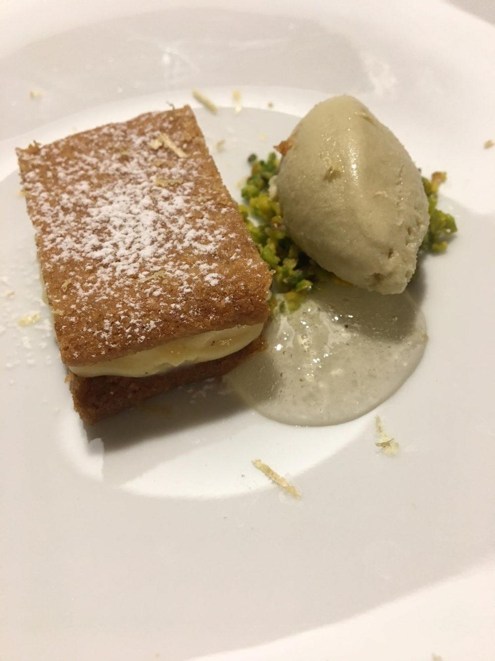Qafiz - Millefoglie con gelato ai capperi e pistacchio