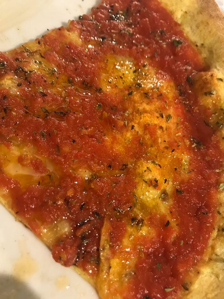 Pizzeria Aniello Mansi, la marinara