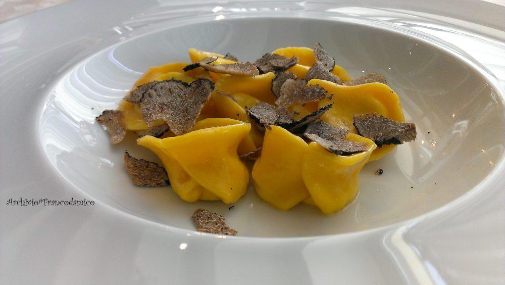 Ristorante degli Olmi - Villetta Barrea AQ – tortello cacio abruzzese-pepe e tartufo