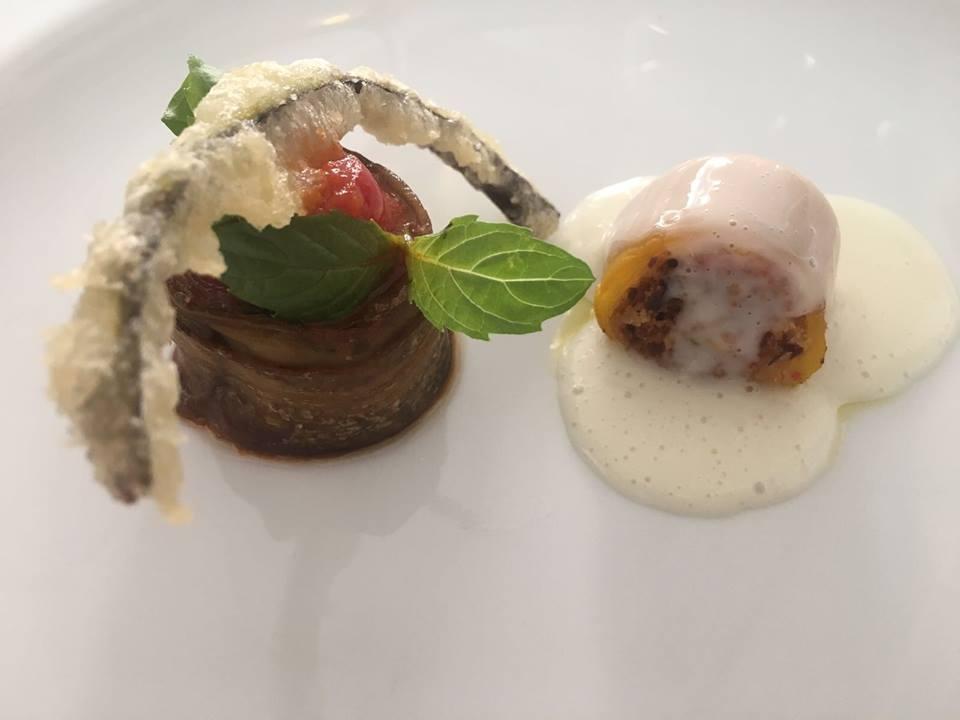 Rendez vous del Quisisana, parmigiana di melanzana e peperone imbottito