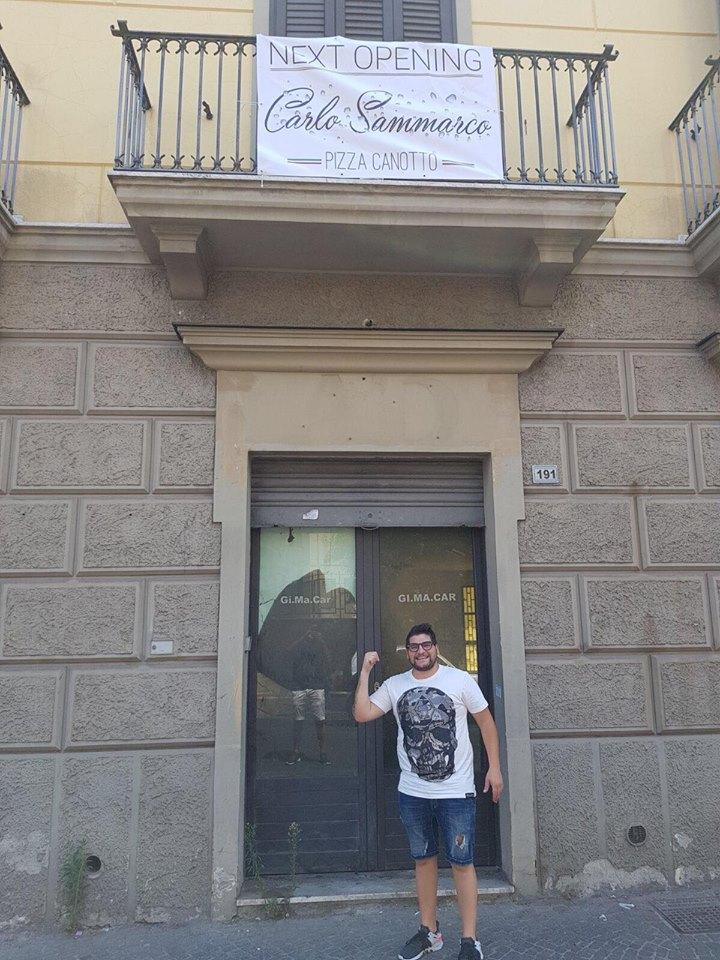 Carlo Sammarco a Frattamaggiore ingresso