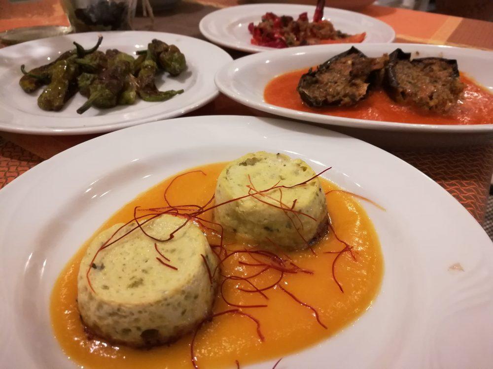 L'antica Locanda- Antipasto - parte terza -Sformatino di Zucchine, Melanazane ripiene, Peperoncini verdi e Peperono gratinati