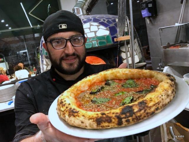 Pizzeria Capri Alfonso Saviello la marinara