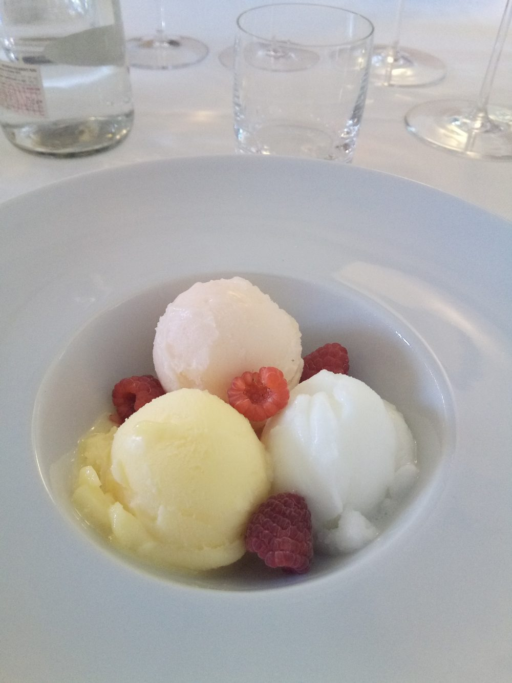 Trattoria Visconti, Palline di gelato con lamponi