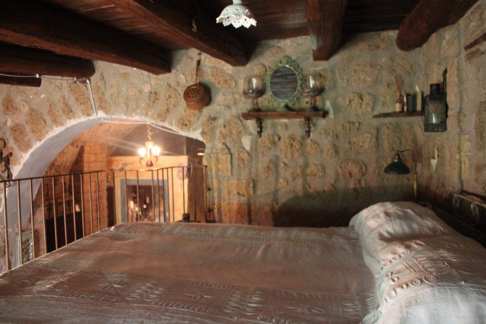Via Romana Antica Dimora - il letto