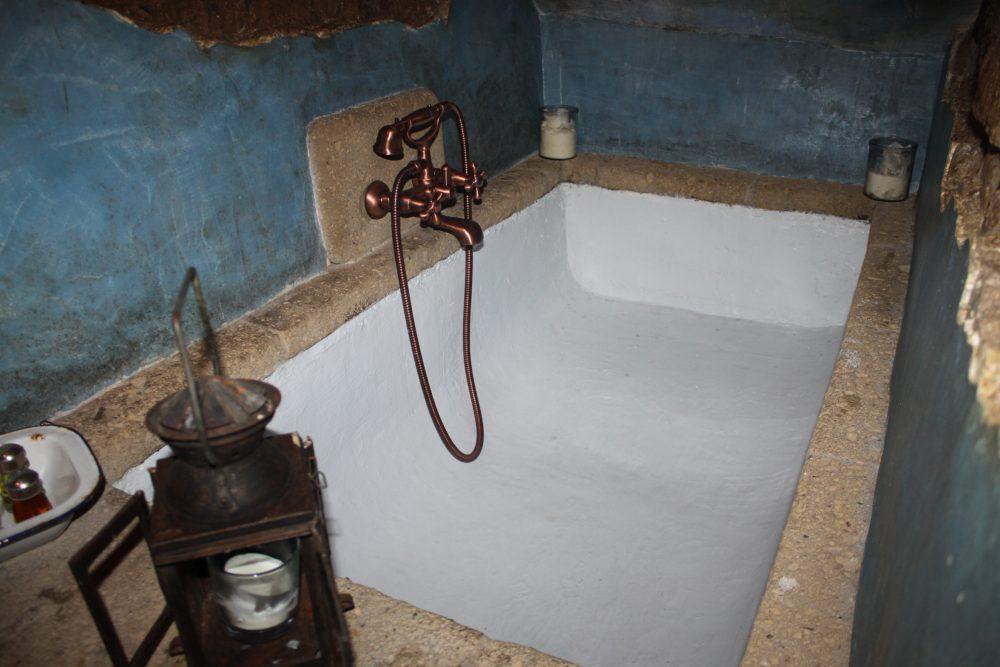 Via Romana Antica Dimora - la vasca da bagno