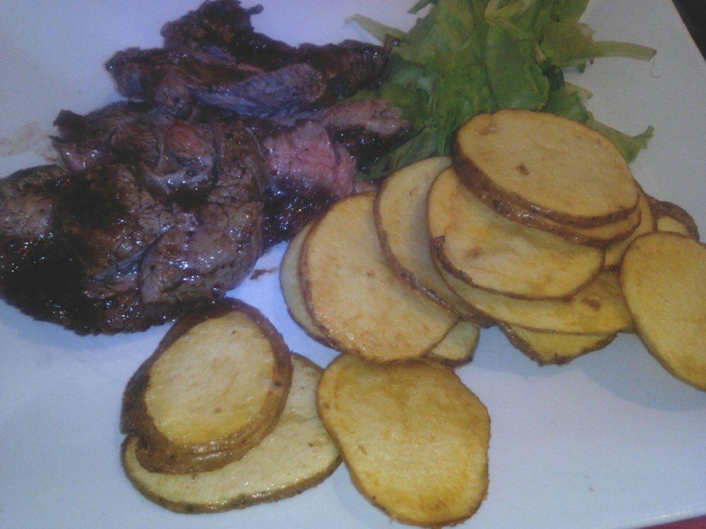 Re Lazzarone - La tagliata di angus con chips