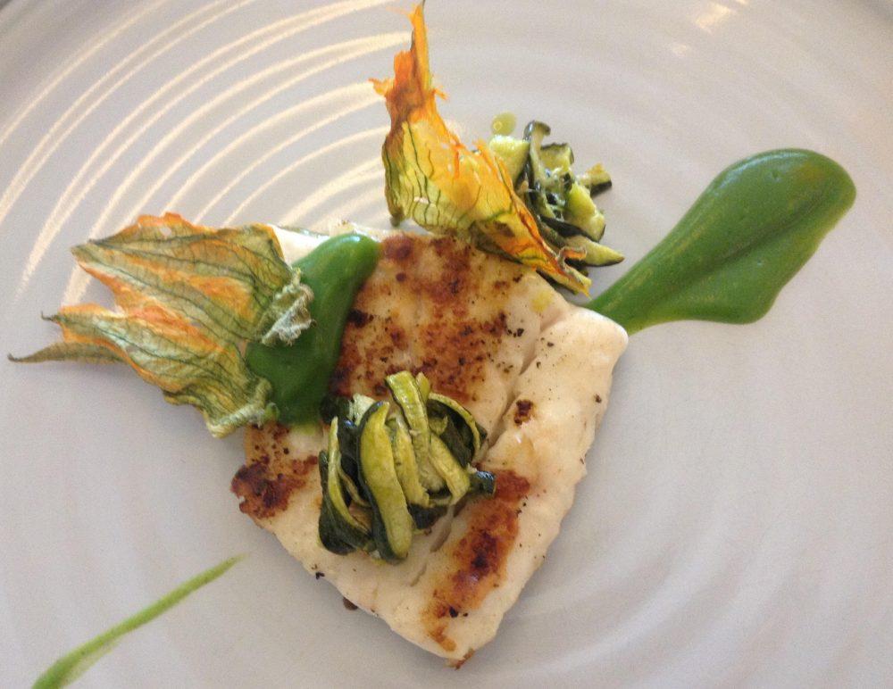 Florian Maison, filetto di rombo chiodato arrosto, zucchine alla scapece e il suo fiore
