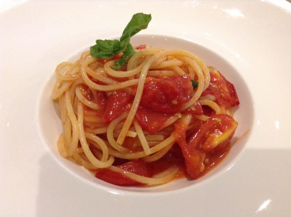 Alessandro Feo, Rumi, Ascea, spaghettoni pomodoro e basilico