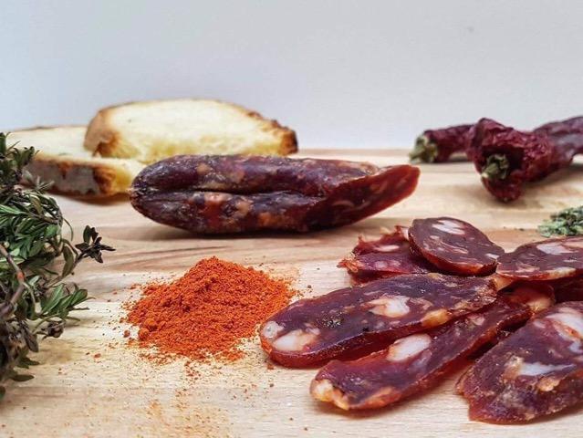 Azienda agricola biologica Agrimar, salsiccia a catena stagionata ed ingredienti