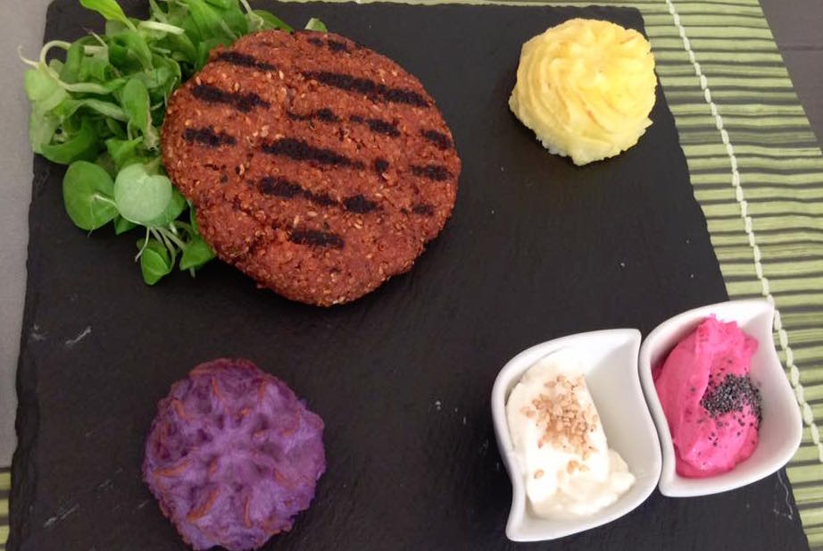 Cavoli Nostri, burger di quinoa