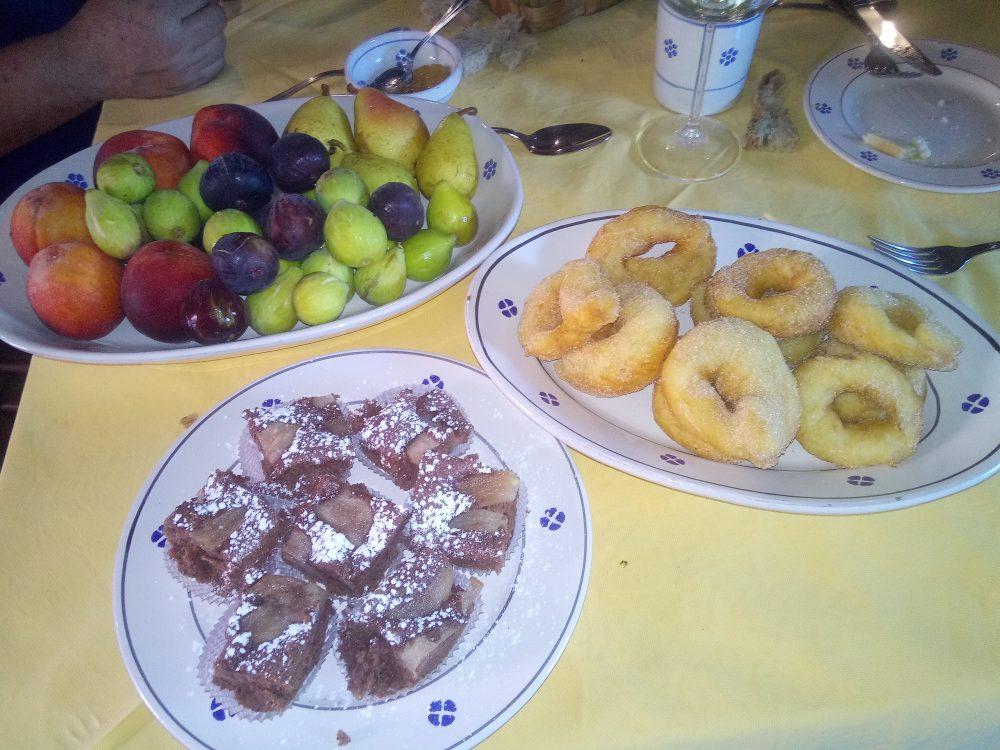 La locanda del Barone, Frutta fresca e dolci