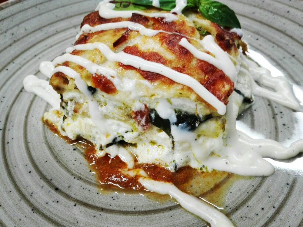 Lasagna di scialatielli Gamberi, zucchine, pancetta mozzarella e limone