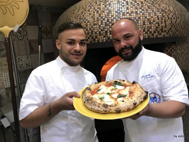 Pizzeria Gaetano Paolella Acerra Emanuele e Gaetano la margherita