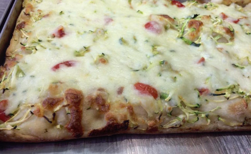 Pizzeria Italia, con podorini e zucchine