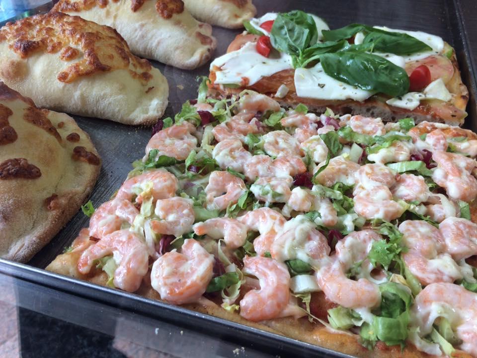 Pizzeria Italia, scorcio del banco