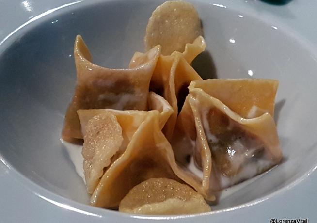Ravioli spuntature, polenta e cacao di Marco Martini - foto di Lorenza Vitali