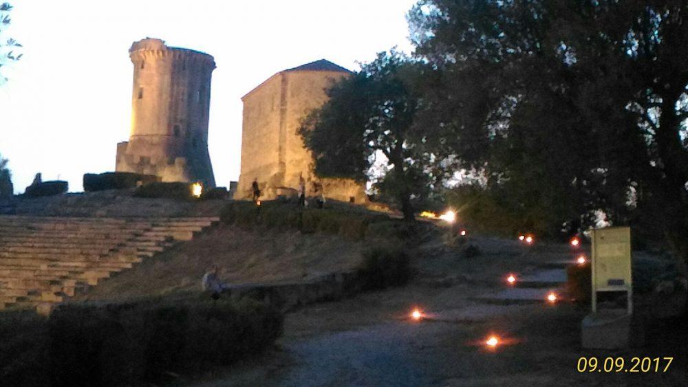 Scavi di Velia Torre normanna e teatro antico