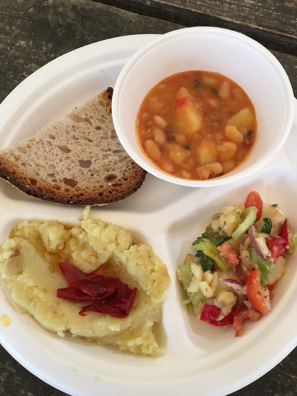 Taburno experience - La colazione del contadino - patate all'insalata, patate schiacciate con peperoni, patate con cotechino