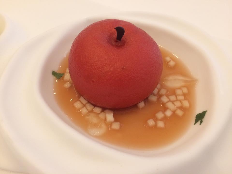 Don Alfonso, la mela annurca con gelato di olio extravergine