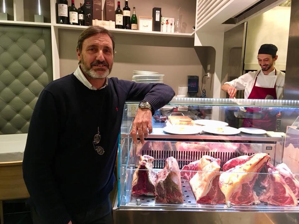 Ristorante Mamma Mia, Il Patron Daniele Agosti