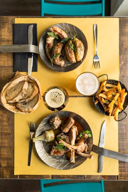 28 Birreria Gastronomica, tavola