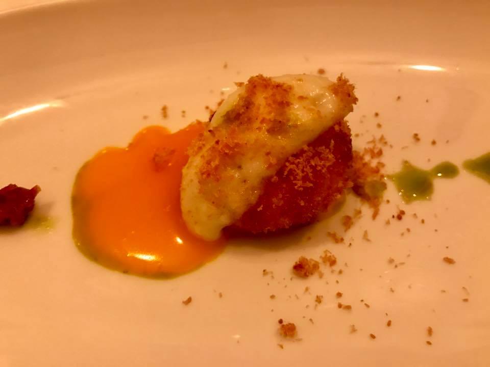 Cantina di Triunfo, Rosso d'uovo fritto con spuma di parmigiano tiepida