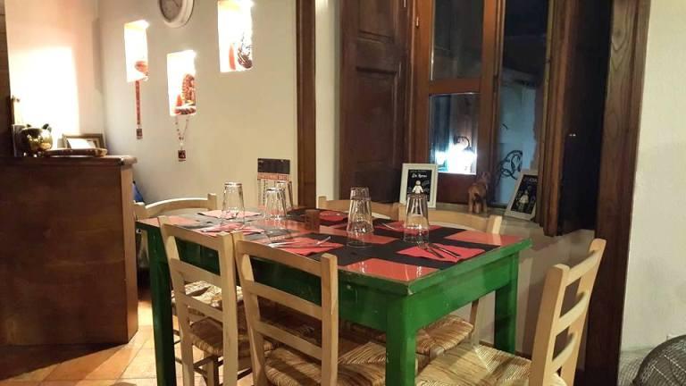 Antica Pizzeria De Rossi, l'interno