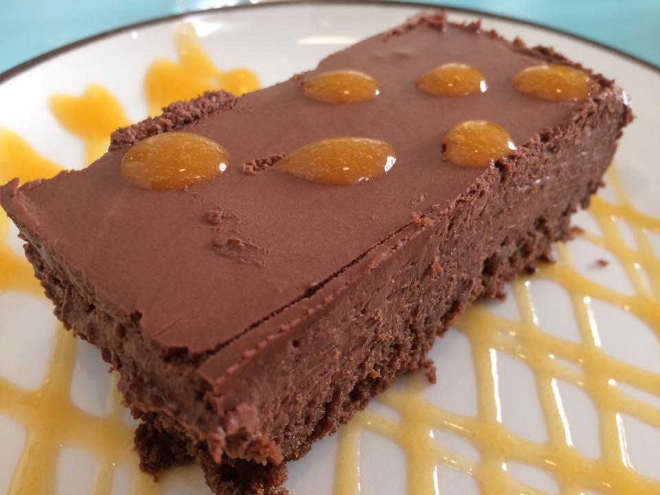 Berbere, dessert cioccolato e albicocca