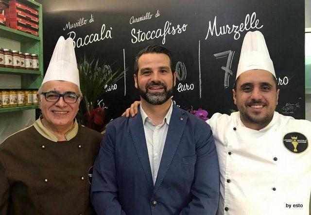 Boutique del Baccalà Antonio Peluso con i cuochi della Locanda Pasquale Alfieri e Giovanni Sarnataro