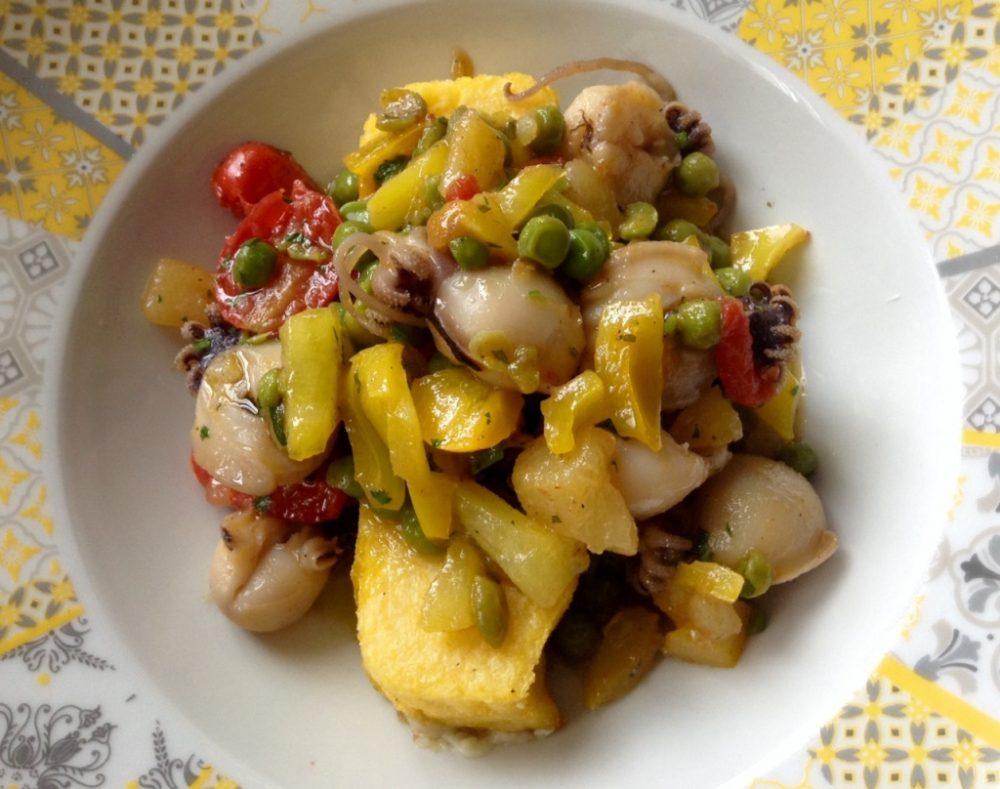 Osteria della Buona Condotta, seppioline in umido con verdure e polenta, validissimo pit stop