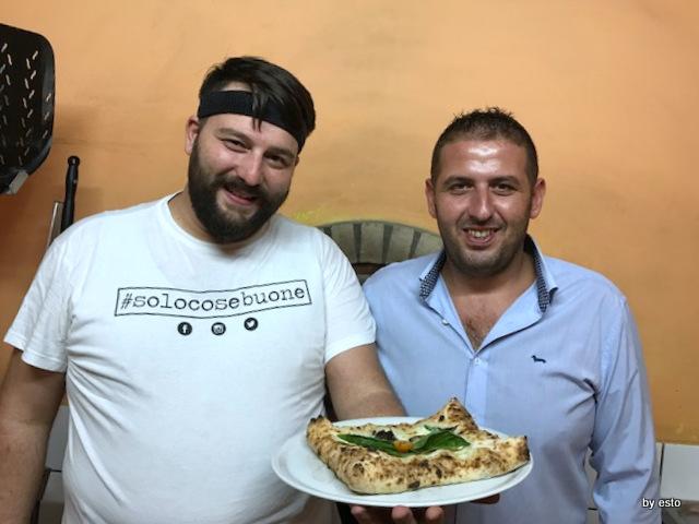Casale Il Clanio Mario Porcaro e Alberto Vittoria Pizza Pergamena Funghi porcini e salsiccia