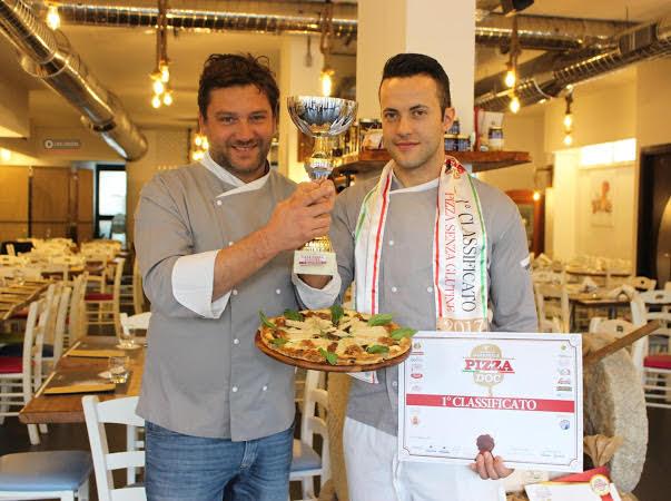 Gaetano Pierro vince con la sua pizza gluten free al Campionato Pizza DOC