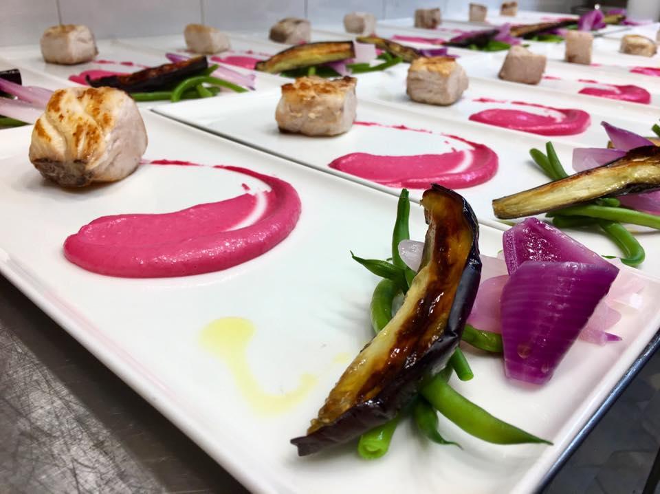 L'Agave, Ombrina arrostita, maionese di rape rosse e verdure - foto pagina Fb