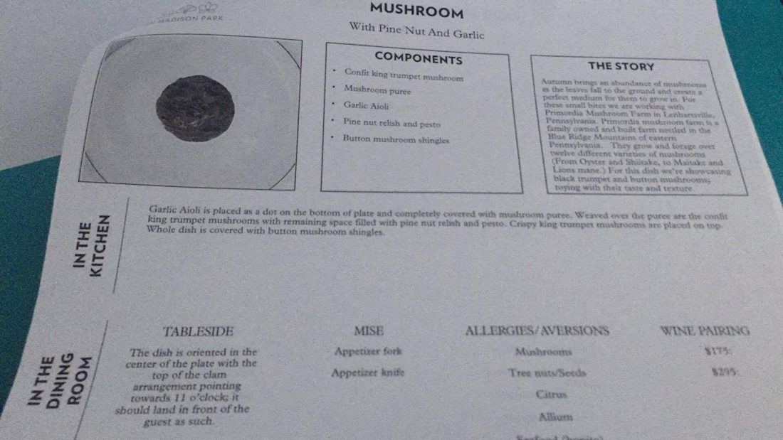 Mushrooms, pine nuts and garlic: la storia